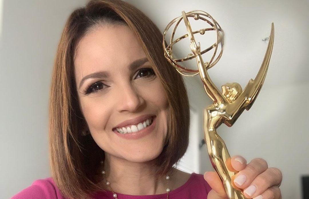 Periodista dominicana Darling Burdiez gana su primer Emmy.