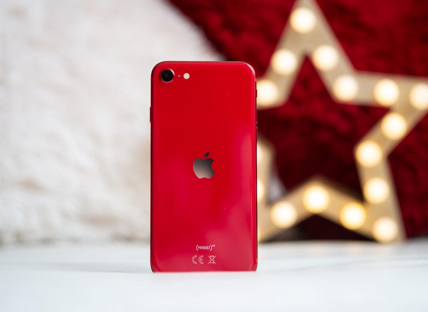 Altice Dominicana, los primeros en traer la segunda generación del iphone SE.