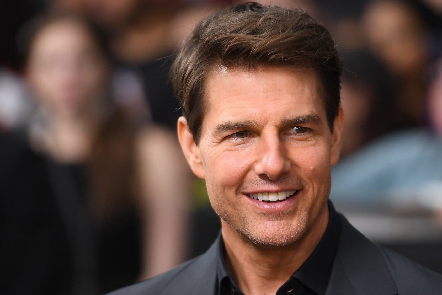 Tom Cruise muestra sus mejores acrobacias para MI7.