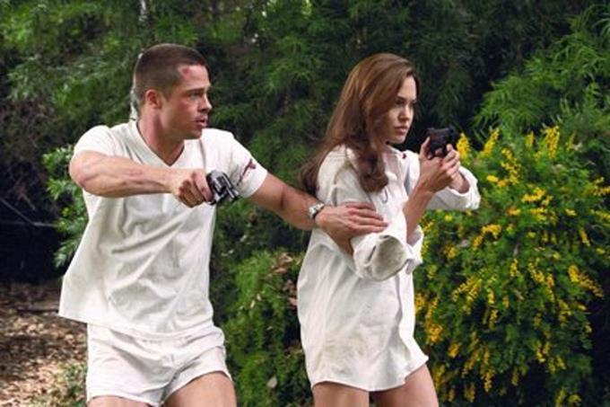 """El remake de """"Sr. y Sra. Smith"""" se queda sin relevo para Angelina Jolie."""